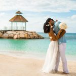 Why is Seychelles the best wedding destination for the UAE flight attendants during the COVID-19?