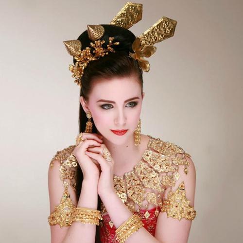 blog-crew-to-follow-elizabethe-lynch-thailand